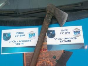 Material foi apreendido em Araruama (Foto: Divulgação Polícia Militar)