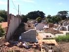 Moradores reclamam de abandono do maior cemitério de Araçatuba, SP