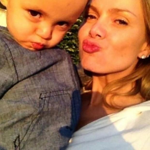 Eliana e o filho, Arthur (Foto: Reprodução/Instagram)