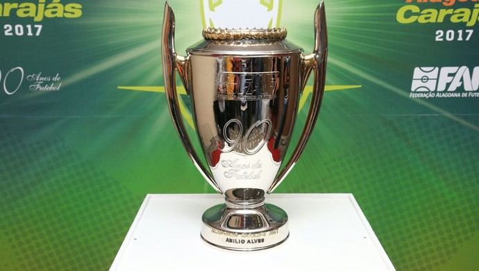 Taça do Campeonato Alagoano de 2017 (Foto: Ailton Cruz / Gazeta de Alagoas)