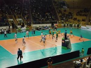 Equipes fizeram jogo disputado no Norte de Minas (Foto: Ricardo Guimarães/GE)