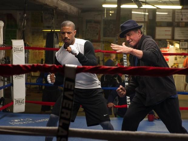 Michael B. Jordan e Sylvester Stallone treinam em 'Creed: nascido para lutar' (Foto: Divulgação)