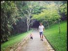 Priscila Fantin divide momento de passeio do filho e marido