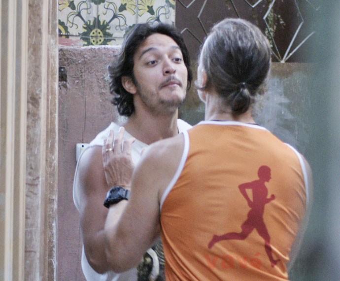 Nenemzinho expulsa o personal da casa (Foto: TV Globo)