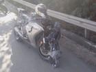 Motociclista morre ao bater moto em mureta da BR-381, em Itapeva, MG