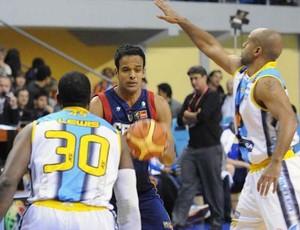 Brasília é derrotado pelo Unión de Formosa e perde título da Liga das Américas (Foto: FIBA/Divulgação)
