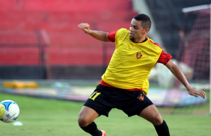 Felipe Azevedo Sport (Foto: Aldo Carneiro / Pernambuco Press)