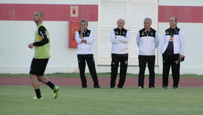 treino Atlético-MG, Levir Culpi e Tardelli (Foto: Léo Simonini)