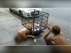 BM abre investigação sobre presos algemados em lixeira: 'Inadequado'