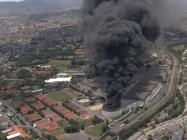 Incêndio no Expominas, em Belo Horizonte.  (Foto: Reprodução/TV Globo)