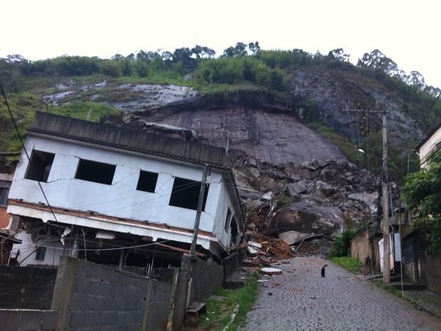 Chuva causa estragos em Friburgo (Foto: Tássia Thum/G1) (Foto: Tássia Thum/G1)