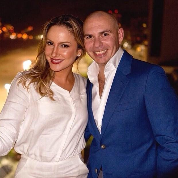 Claudia Leitte e o rapper Pitbull (Foto: Instagram/ Reprodução)