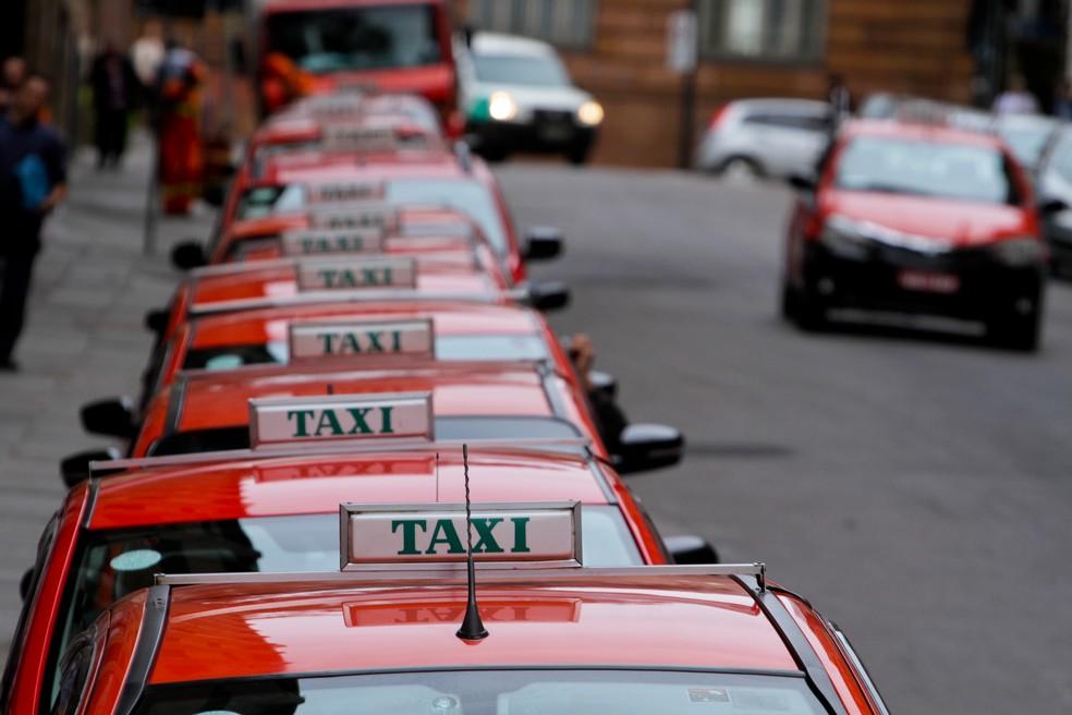 Pela primeira vez, não haverá reajuste na tarifa de táxis neste ano em Porto Alegre (Foto: Brayan Martins/PMPA)