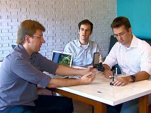Ex-alunos da USP, pesquisadores vão levar projeto para Alemanha (Foto: Reprodução/EPTV)
