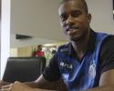 Santos formaliza renovação de contrato com Jonathan Copete