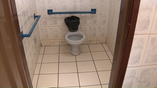 Bebê recém-nascido é encontrado no banheiro da rodoviária de Rolândia
