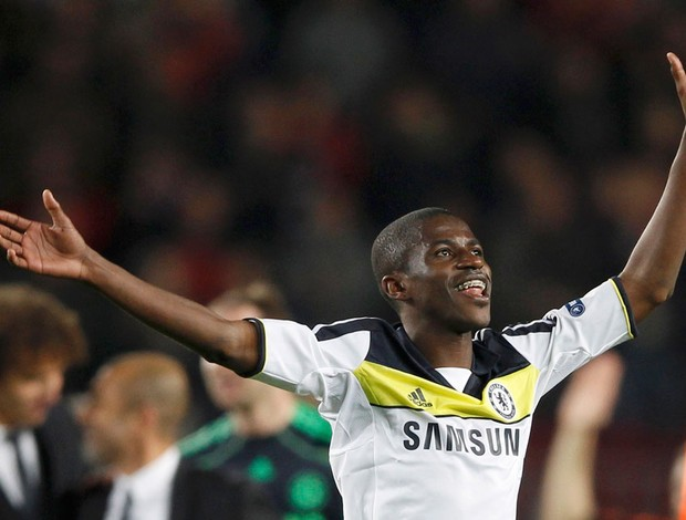ramires chelsea x barcelona (Foto: Reuters)