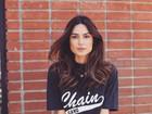 Thaila Ayala posa sexy só de camisa em ensaio fotográfico: 'Dia de glória'