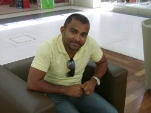 Cleucimar Nascimento elogia primeiro shopping do Acre (Foto: Duaine Rodrigues/G1)