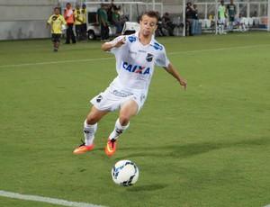 João Henrique - atacante do ABC (Foto: Augusto Gomes/GloboEsporte.com)