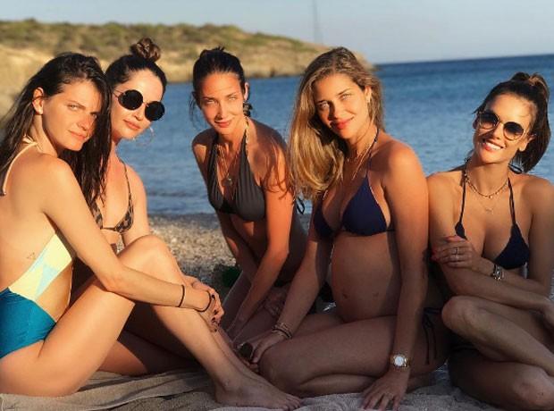 Jeisa Chiminazzo, Renata Maciel, Patricia Barros, Ana Beatriz Barros e Alessanda Ambrosio  (Foto: Reprodução)