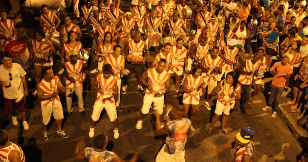 Carnaval em Itaúna conta com shows, matinês e desfiles de blocos - Globo.com