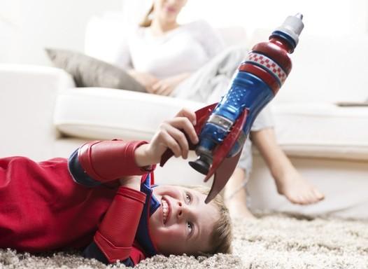 As crianças precisam de menos brinquedos para brincar melhor, diz estudo