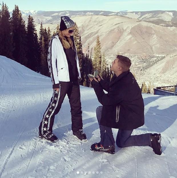 Paris Hilton e Chris Zylka (Foto: Reprodução/Instagram)