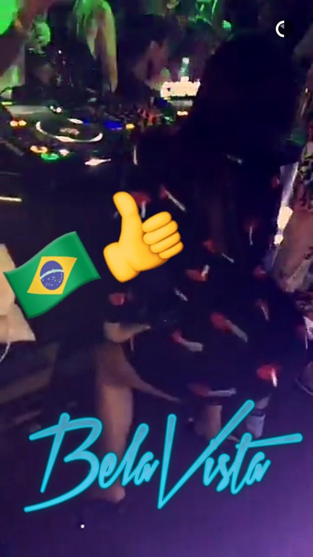 Diplo e Anitta em festa em SP (Foto: Reprodução / Snapchat)