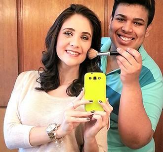 Carla Moreno mostra o resultado do make up (Foto: Arquivo pessoal)