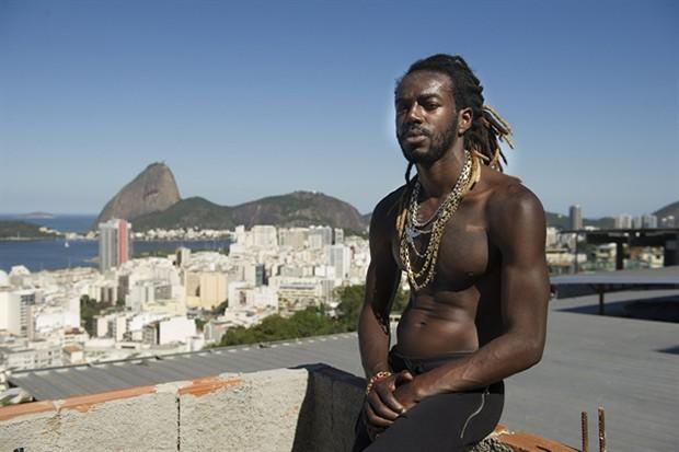 Jonathan Azevedo como Sabiá (Foto: Globo/Mauricio Fidalgo)