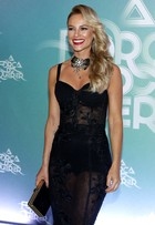 Paolla Oliveira fala de casamento: 'Se me fizer feliz, vou casar'