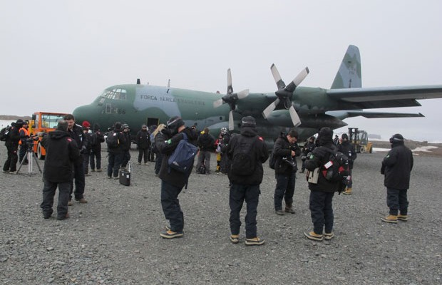 Grupo chega à Antártica, após dois dias de tentativas frustradas; G1 acompanha expedição (Foto: Eduardo Carvalho/G1)