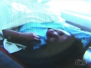 Modelo Louanna Adrielle Castro Silva, de Jataí, em Goiás, morreu ao colocar silicone (Foto: Reprodução/TV Anhanguera)