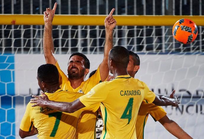 futebol de areia brasil copa intercontinental (Foto: Lea Well - Manuel Queimadelos / BSWW)