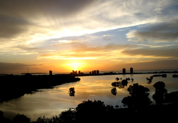 Pôr-do-sol em São Luís do Maranhão  (Foto: Flickr/João Ernani Oliveira)