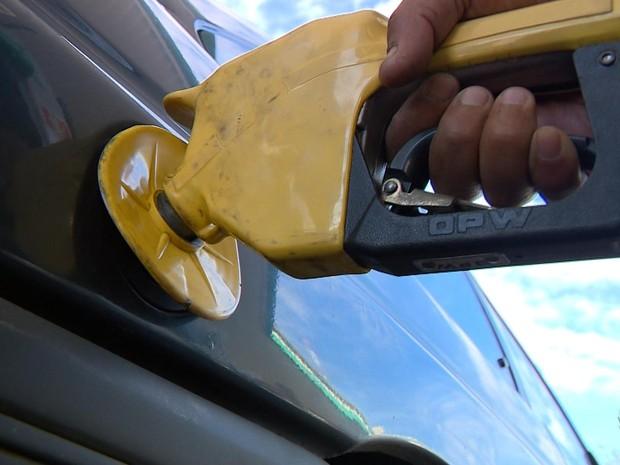 gasolina porto alegre (Foto: Reprodução/RBS TV)