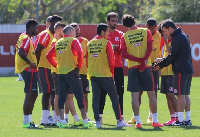 inter internacional treino argel (Foto: Eduardo Deconto/GloboEsporte.com)