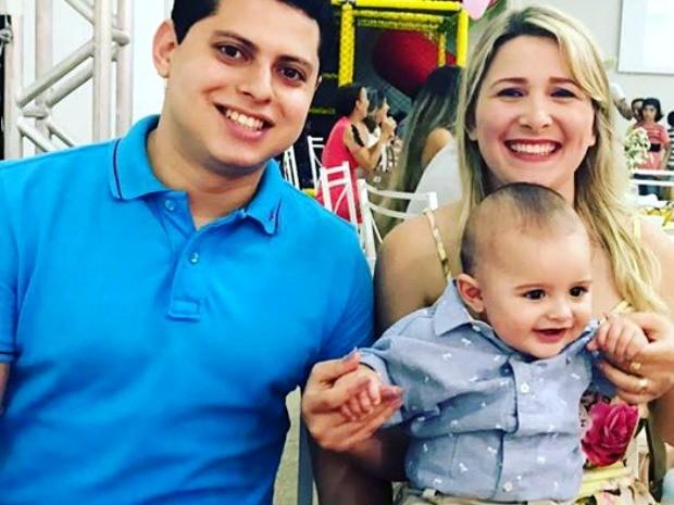 Pequeno Eduardo precisa de uma cirurgia e família faz rifa para arrecadar R$ 54 mil  (Foto: Reprodução/Facebook)
