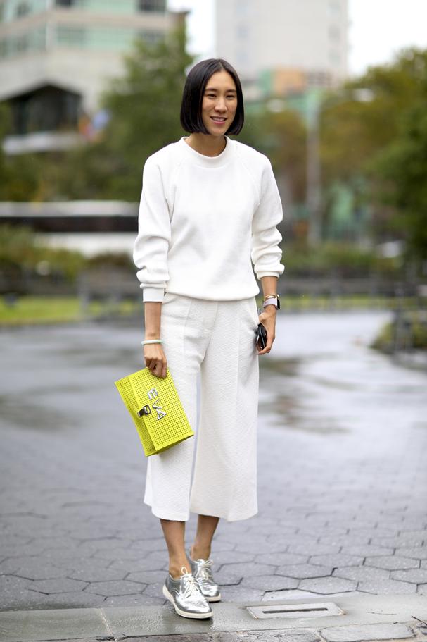 Eva Chen, digital influencer e responsável pelas parcerias de moda do Instagram com top marcas  (Foto: Imaxtree)