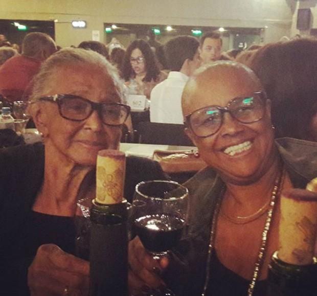 Sandra de Sá e a mãe, dona Jurema (Foto: Reprodução/Instagram)