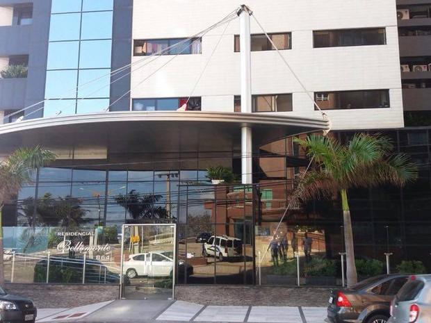 Mandado de busca e apreensão é cumprido na casa do Ministro do Turismo Henrique Alves (Foto: Marksuel Figueredo)