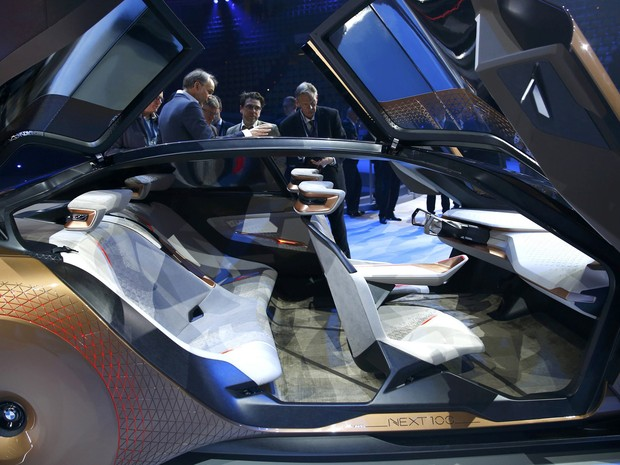 BMW Vision Next 100 (Foto: Michael Dalder/Reuters)