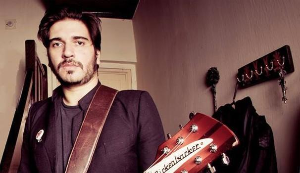 Rodrigo Castellani The Voice BR (Foto: Reprodução/ Facebook Radiophonics Banda)