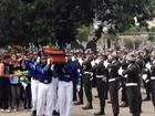 Corpo da capitã vítima do incêndio na boate Kiss é enterrado no Rio