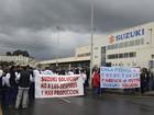 Espanhóis protestam contra fechamento de fábrica da Suzuki