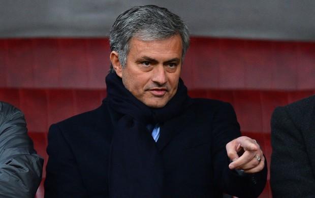 jose mourinho manchester united x everton (Foto: AFP)
