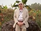 Jornalista que perdeu irmão mutilado encontra feiticeiro que sacrifica albinos