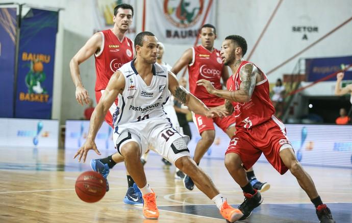 Bauru Basquete x Paulistano, NBB 8, Alex Garcia (Foto: Caio Casagrande / Bauru Basket)