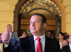 Jato particular cai em Santos e mata Eduardo Campos